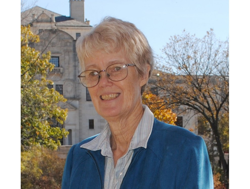 Leslie  Hogben Author of Evaluating Organization Development