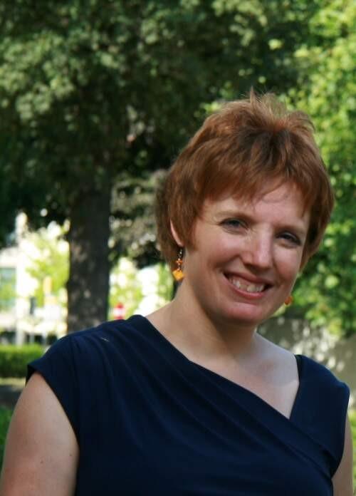 Ellen  Desmet Author of Evaluating Organization Development