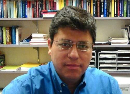 Rafael  Fierro Author of Evaluating Organization Development