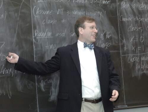 Robert  Sloan Author of Evaluating Organization Development