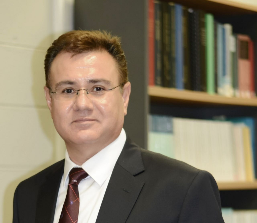 Farzad  Sharifian Author of Evaluating Organization Development
