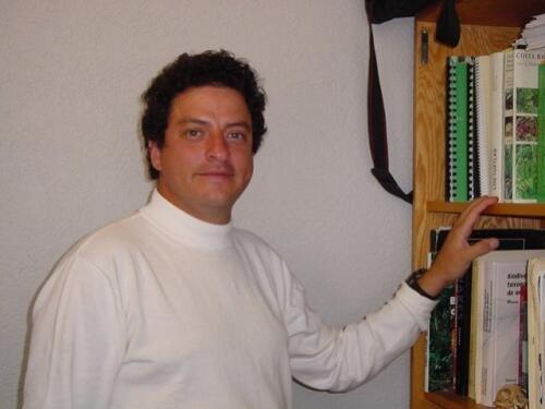 Mauricio  Quesada Author of Evaluating Organization Development