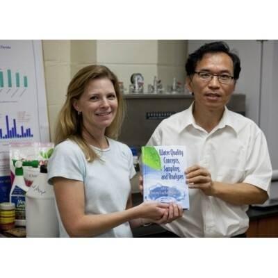 Yuncong  Li Author of Evaluating Organization Development