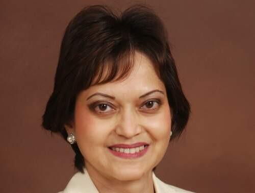 Nisa  Khan Author of Evaluating Organization Development
