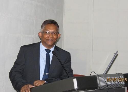 Srinath  Perera Author of Evaluating Organization Development