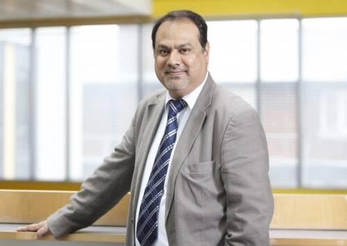 Dr Vijay  Pereira Author of Evaluating Organization Development