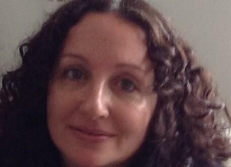 Author - Dr. DANA  AMIR