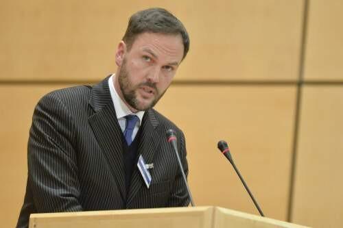 Conrad  Hughes Author of Evaluating Organization Development