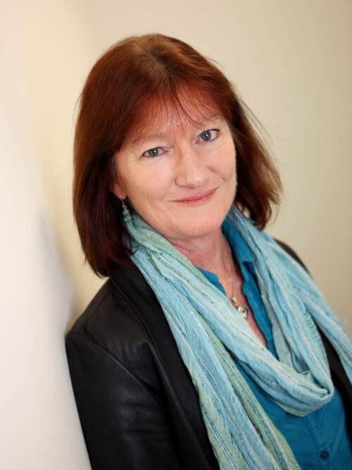 Sue  Walker Author of Evaluating Organization Development
