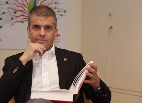 Francisco  Moreno-Fernández Author of Evaluating Organization Development