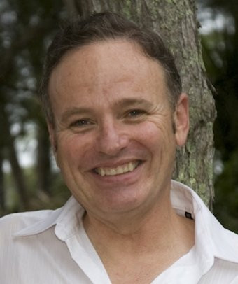Garry  Falloon Author of Evaluating Organization Development