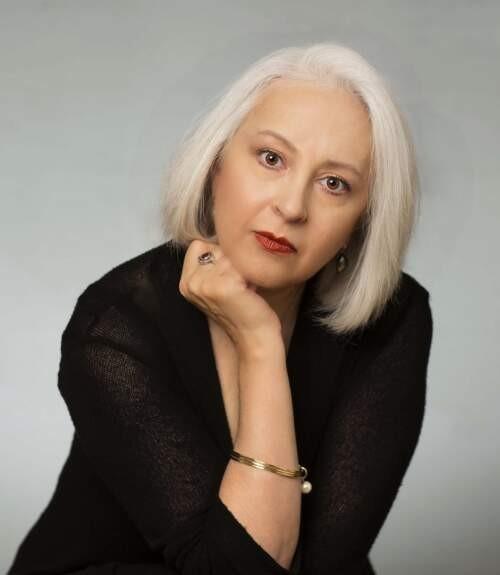 Author - Caroline  Shahbaz