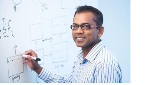Arul  Earnest Author of Evaluating Organization Development