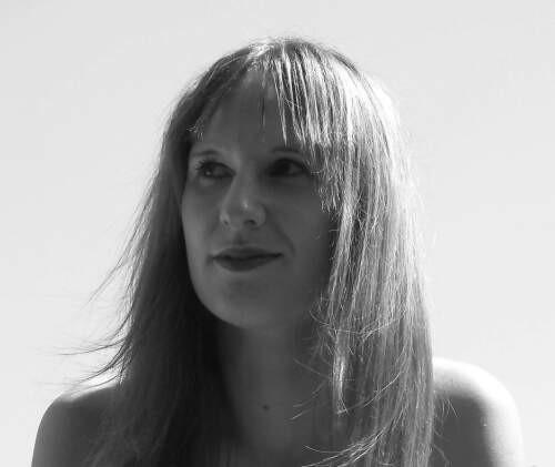 Author - Sara  Upstone