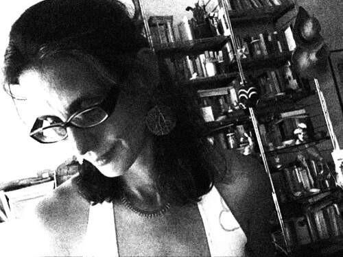 Author - Laura  Gioeni