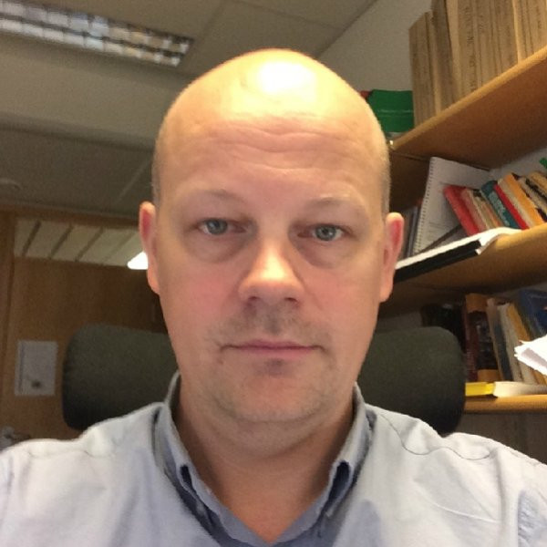 Lars Tore  Flåten Author of Evaluating Organization Development