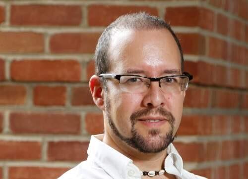 Author - Elliot  Bendoly