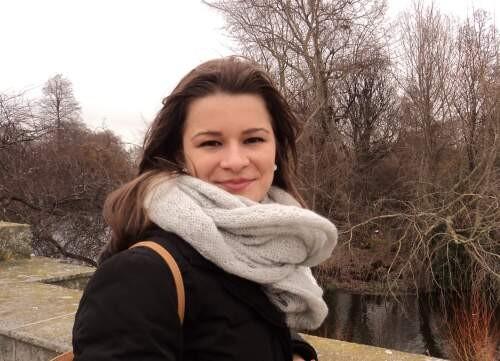 Author - Fernanda  De Bastiani