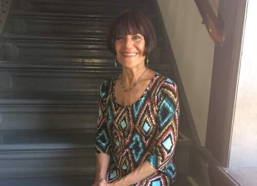Author - Lois  Holzman