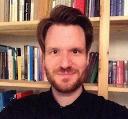 Author - Thomas  Hilgers