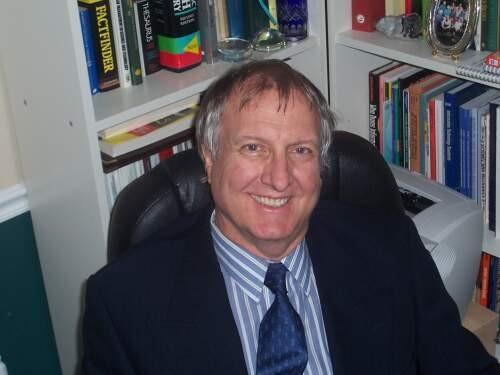 John  Rumble Author of Evaluating Organization Development