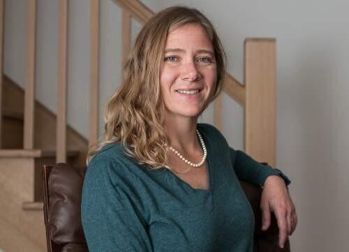 Author - Georgia  Lindsay
