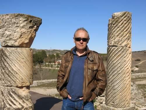 Víctor  Mínguez Author of Evaluating Organization Development