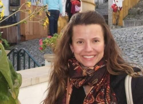 Author - Isabel  Rocha de Siqueira