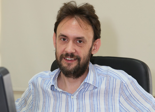 Christos  Kassimeris Author of Evaluating Organization Development