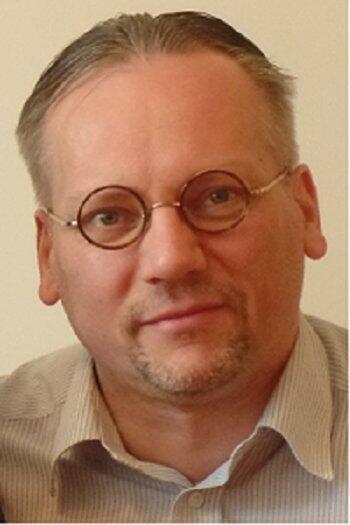 Author - Niklas  Hageback