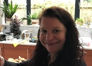 Ruth  McAreavey Author of Evaluating Organization Development