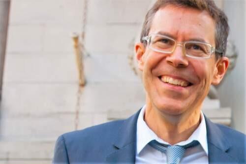 Daniel  Rietiker Author of Evaluating Organization Development