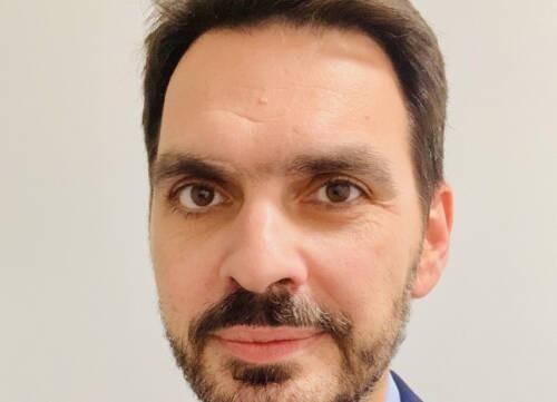 Ioannis  Tsougos Author of Evaluating Organization Development