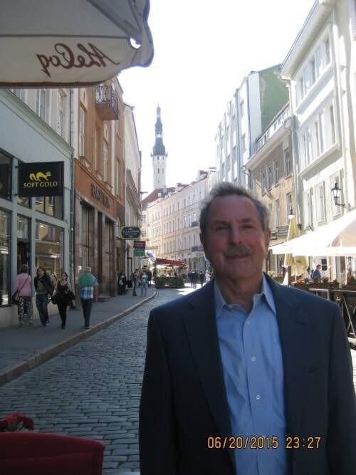 Author - Peter  Schwarz