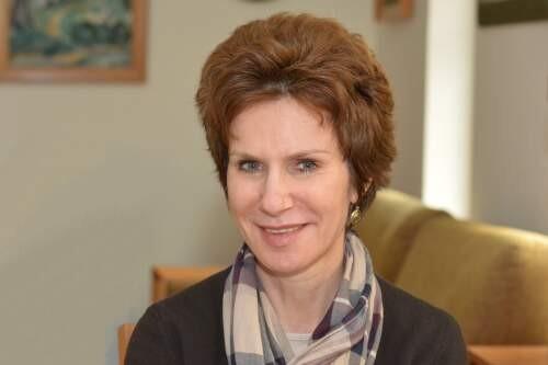 Yulia  Ustinova Author of Evaluating Organization Development