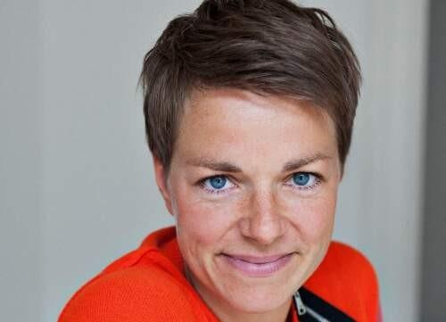 Carina  Ren Author of Evaluating Organization Development