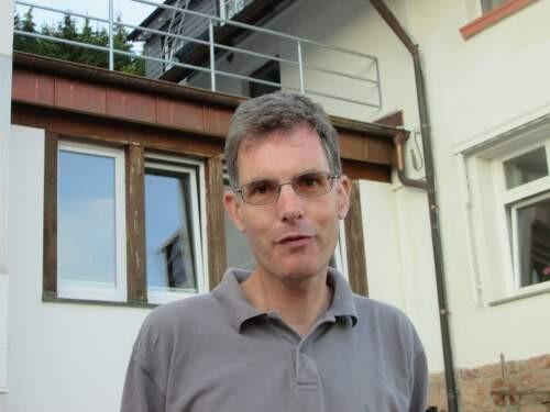 Michael  Esfeld Author of Evaluating Organization Development