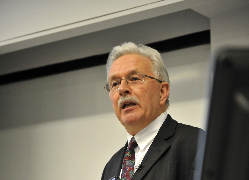 David  Hulme Author of Evaluating Organization Development