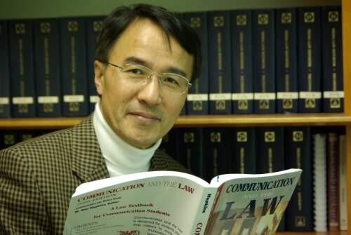 Kyu Ho Youm Author of Evaluating Organization Development