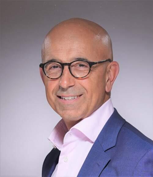 Andrej  Volchkov Author of Evaluating Organization Development