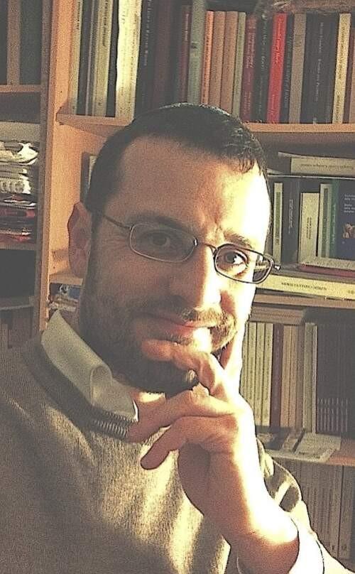 Luca Lévi  Sala Author of Evaluating Organization Development