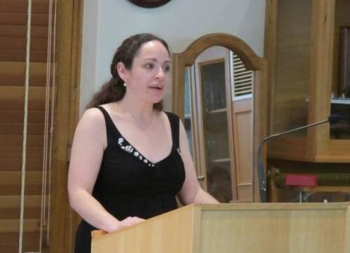 Author - Lesa  Scholl
