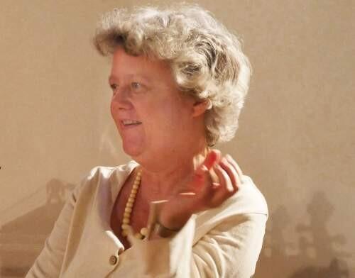 Author - Bettina  Hoffmann
