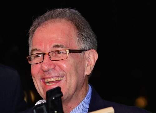 Author - Lee  Smith