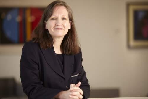 Julie  Hodges Author of Evaluating Organization Development