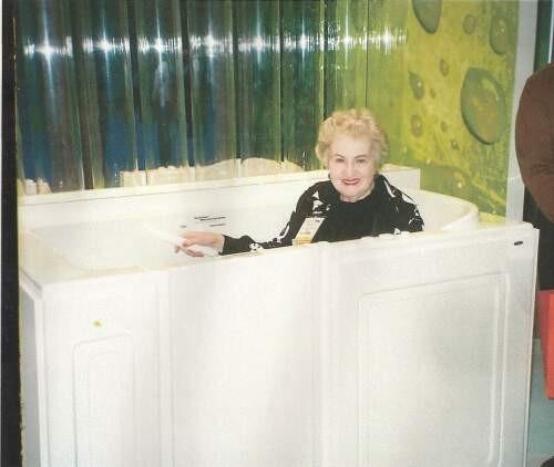 Roberta  Null Author of Evaluating Organization Development