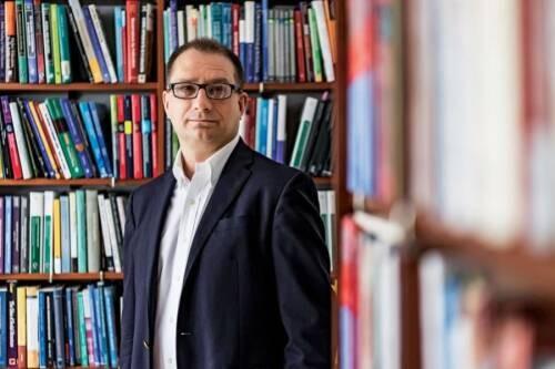 Marek  Kwiek Author of Evaluating Organization Development
