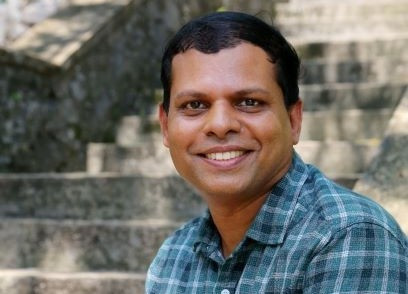 SUGATH MAHINDA SENARATH Author of Evaluating Organization Development