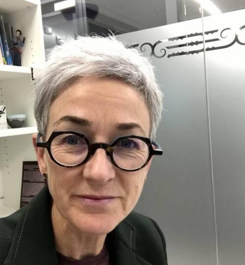 Author - Lynda  Johnston