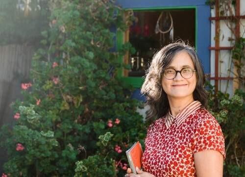 Clara I. Oropeza Author of Evaluating Organization Development